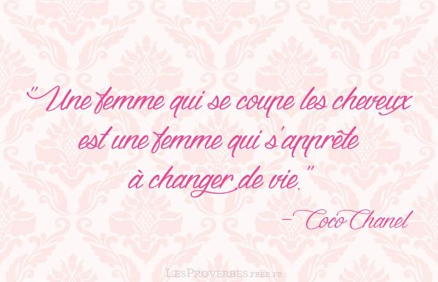 Une femme qui se coupe les cheveux , Coco Chanel .